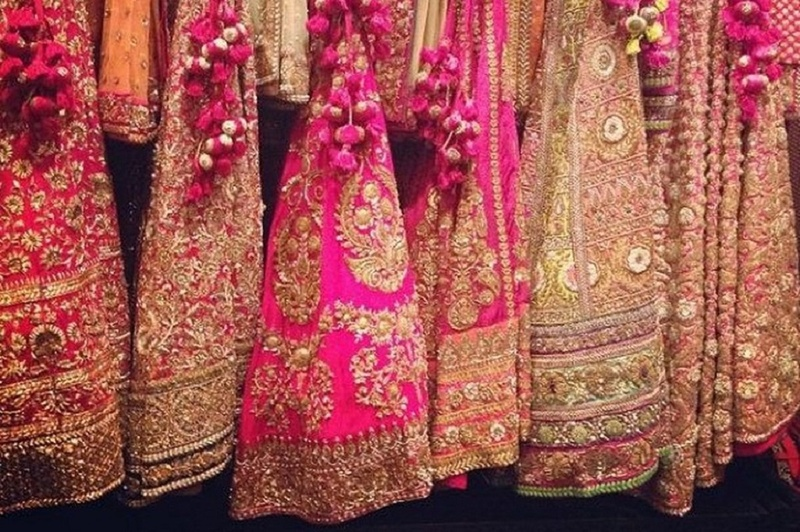 This Malad Market Has Bridal Lehengas For Under 10,000 Rupees! #MumbaiDiaries