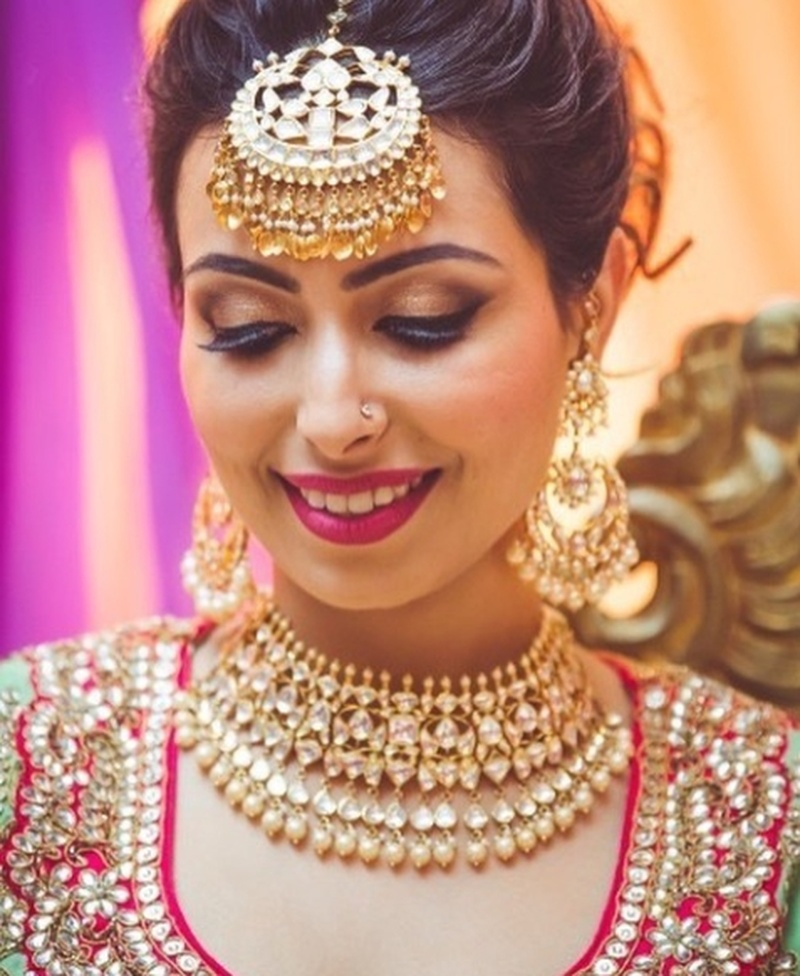 8 Evening Make-Up Looks That All Indian Brides Must Know Of!  #EveningWeddings #MakeUpMagic