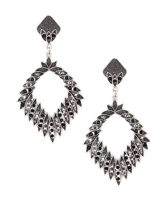 Mad Clozet Square oxidised Earrings