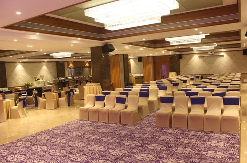 Mumbai City Just Got An Amazing New Wedding Venue: Vivette Banquets!