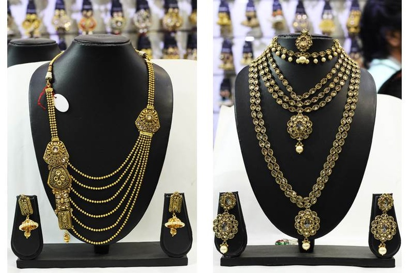 This Lokhandwala Jewellery Store Has the Most Gorgeous Bridal Sets at Totally Affordable Prices