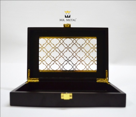 Exquisite Affaire Persian Net Wedding Box