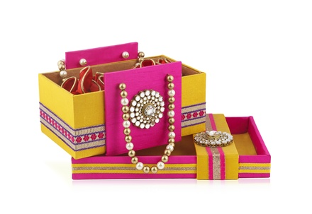 Rajwada Gift-sweet Basket Bag & Tray set