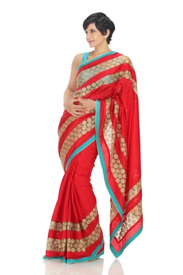 Red Silk Saree WIth Gold Treasures