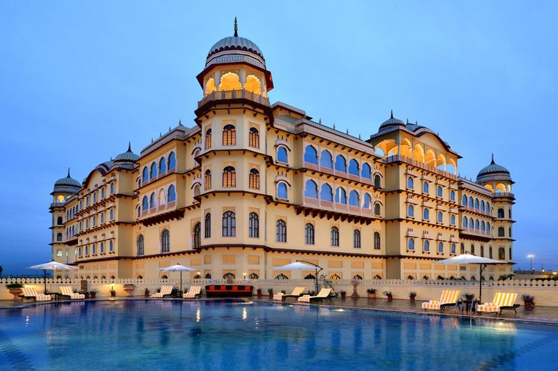 7 Indian Destination Wedding Locations Under 25 Lakhs to Host Your Wedding At!