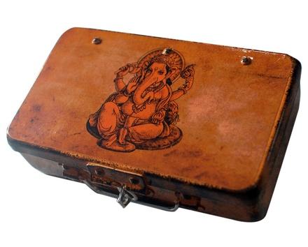 Fluke Design Company Ganesha Hand painted  Box