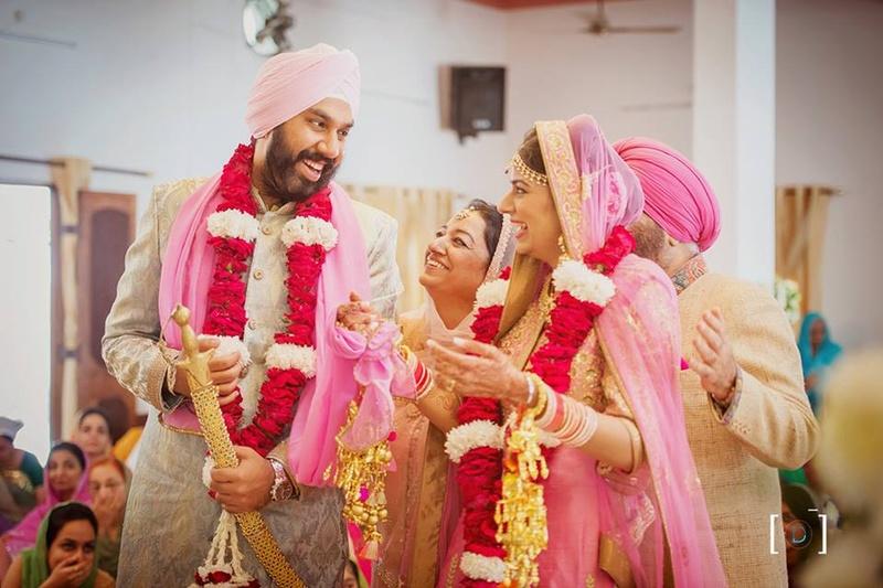 Pretty Pink Sikh Wedding Held at Jehanuma Palace Lawns, Bhopal.