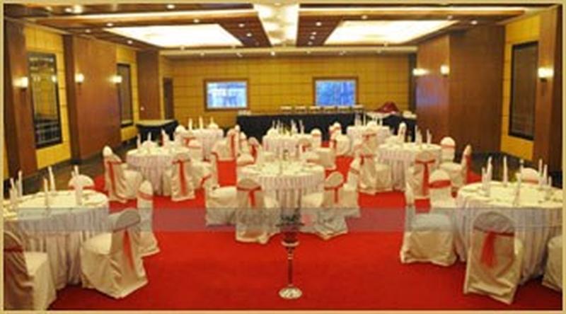 The Bangalore International Race Course Road Bangalore Banquet Hall Wedding Hotel