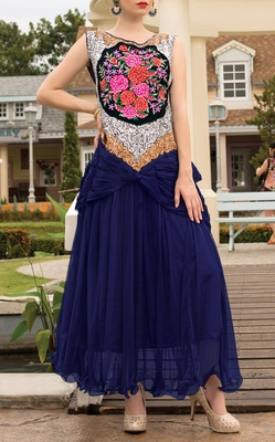 Viva N Diva Navy Blue Color Soft Net Gown.