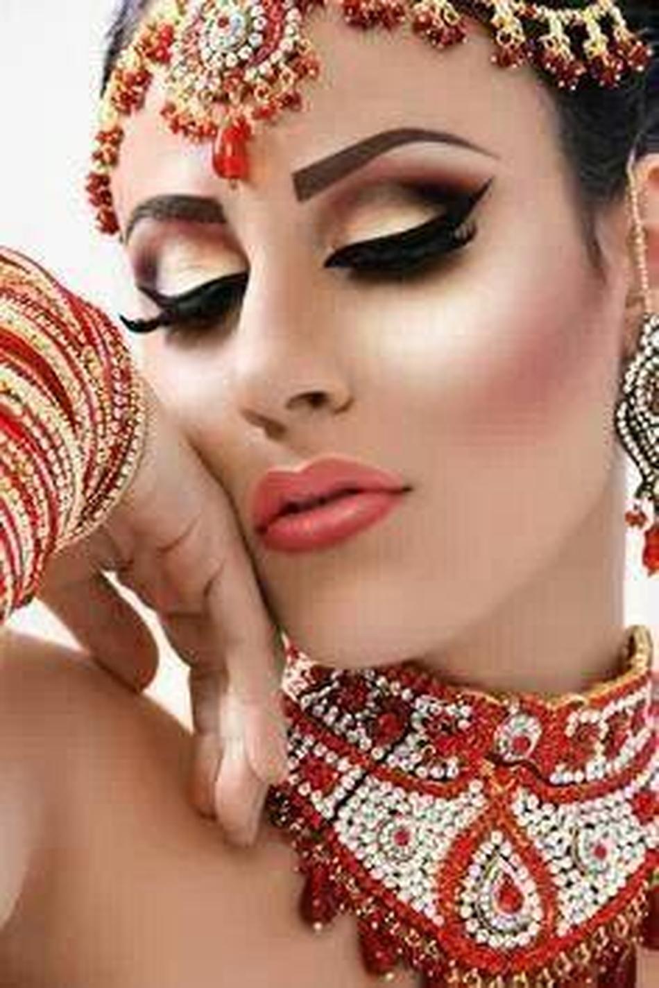 Фото женщин с восточным макияжем