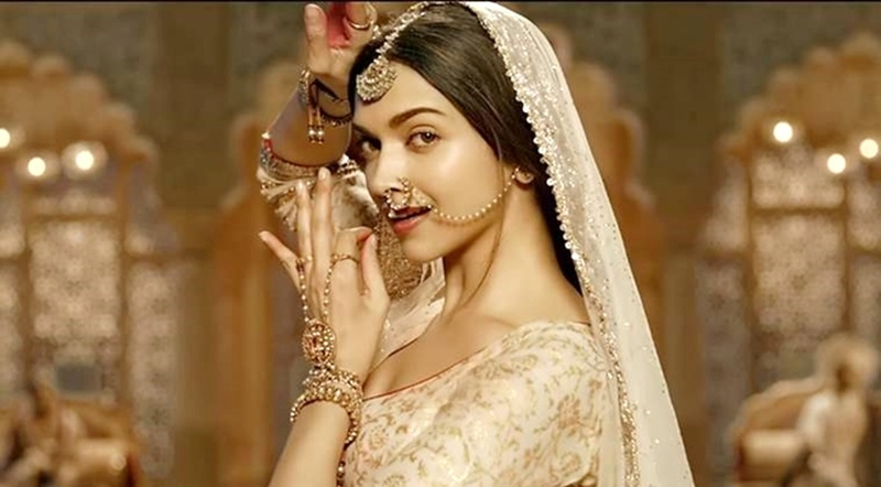 12 Times Deepika Padukone Stunned Us With Her Traditional Fashion Choices!