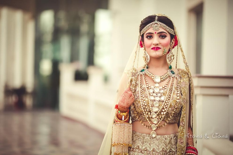 5 Real Brides and Their Glittering Gold Lehengas That Set Some Serious Bridal Goals! #GoldLehengaTrend