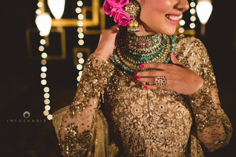 7 Jewellery-Blouse Pairings by Real Brides That Are Way Too Gorgeous! #JewelleryGoals