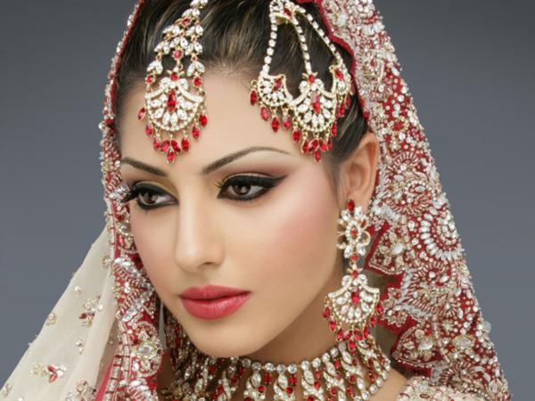 Be You | Pune | Makeup Artists