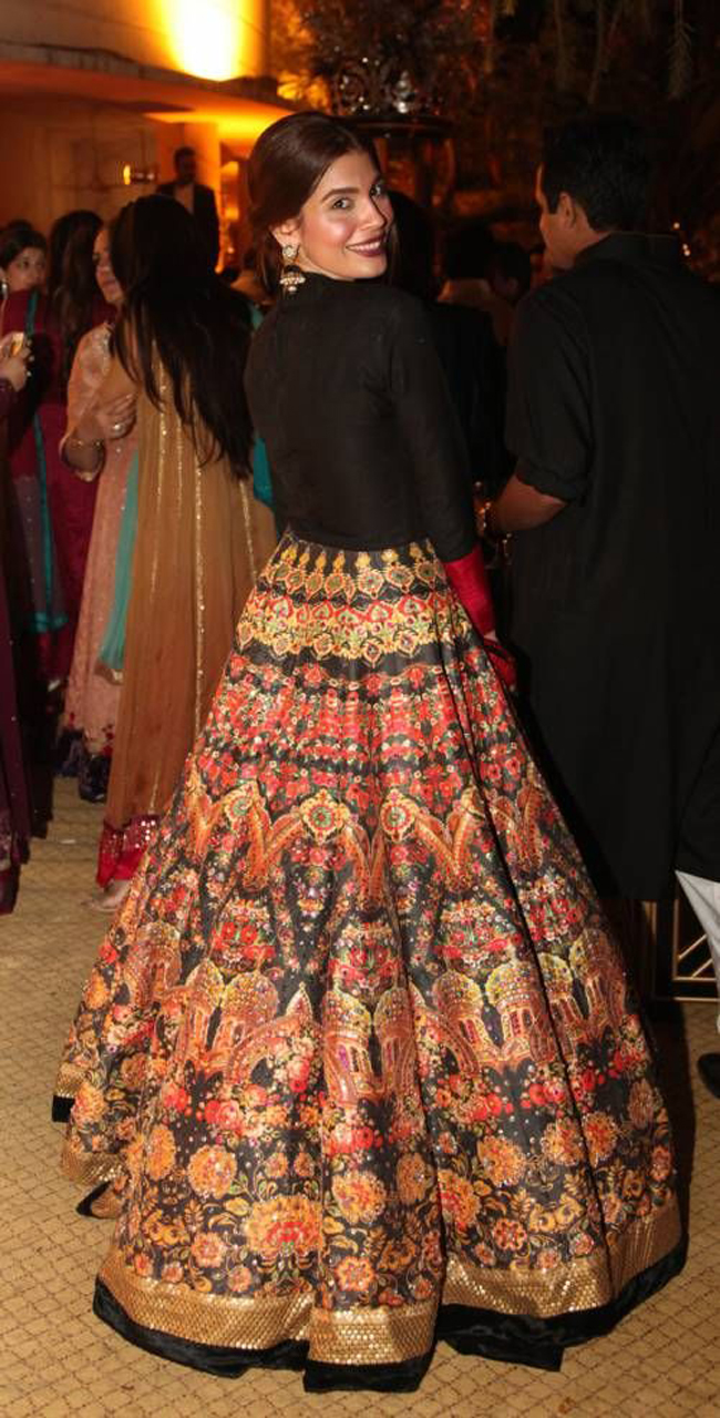 Are Dark Toned Bridal Lehengas the Newest Trend in Wedding ...