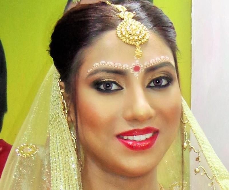 Best Bridal Makeup Artist In West : Barbies Makeover, Bridal Makeup Artist in Kolkata WeddingZ
