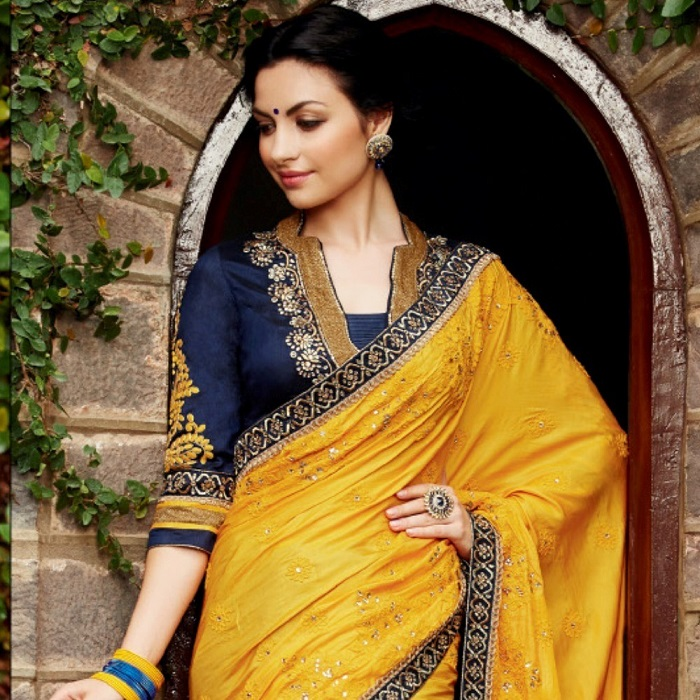 10 Must Have Sarees In Your Wedding Trousseau From Across India - Part I