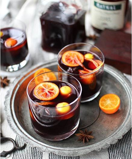 8 Easy-To-Incorporate Drinks to Warm Up Your Winter Wedding: #WinterWeddingSeries