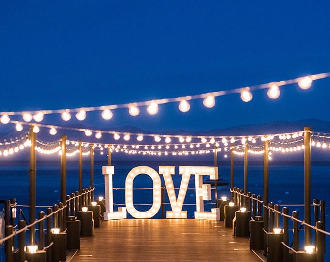 Creative Lighting Ideas to Brighten Up Your Wedding Venue!