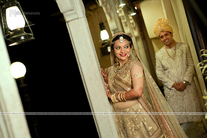 Hetali and Harsjeet's Gujarati Destination Wedding at Jagmandir, Udaipur