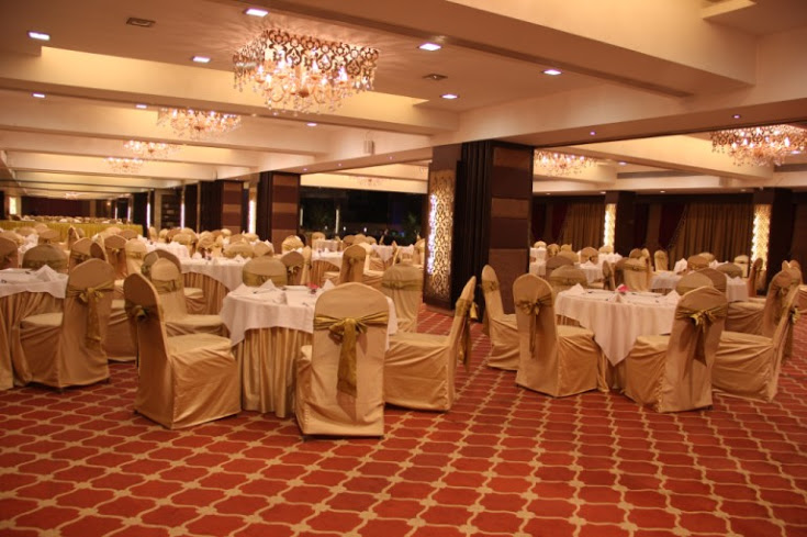 In Focus: Golden Leaf Banquet, Malad, Mumbai