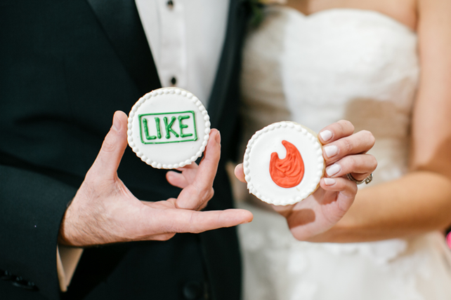 Love at First Swipe: 5 Tinder Stories That Ended In A Wedding!