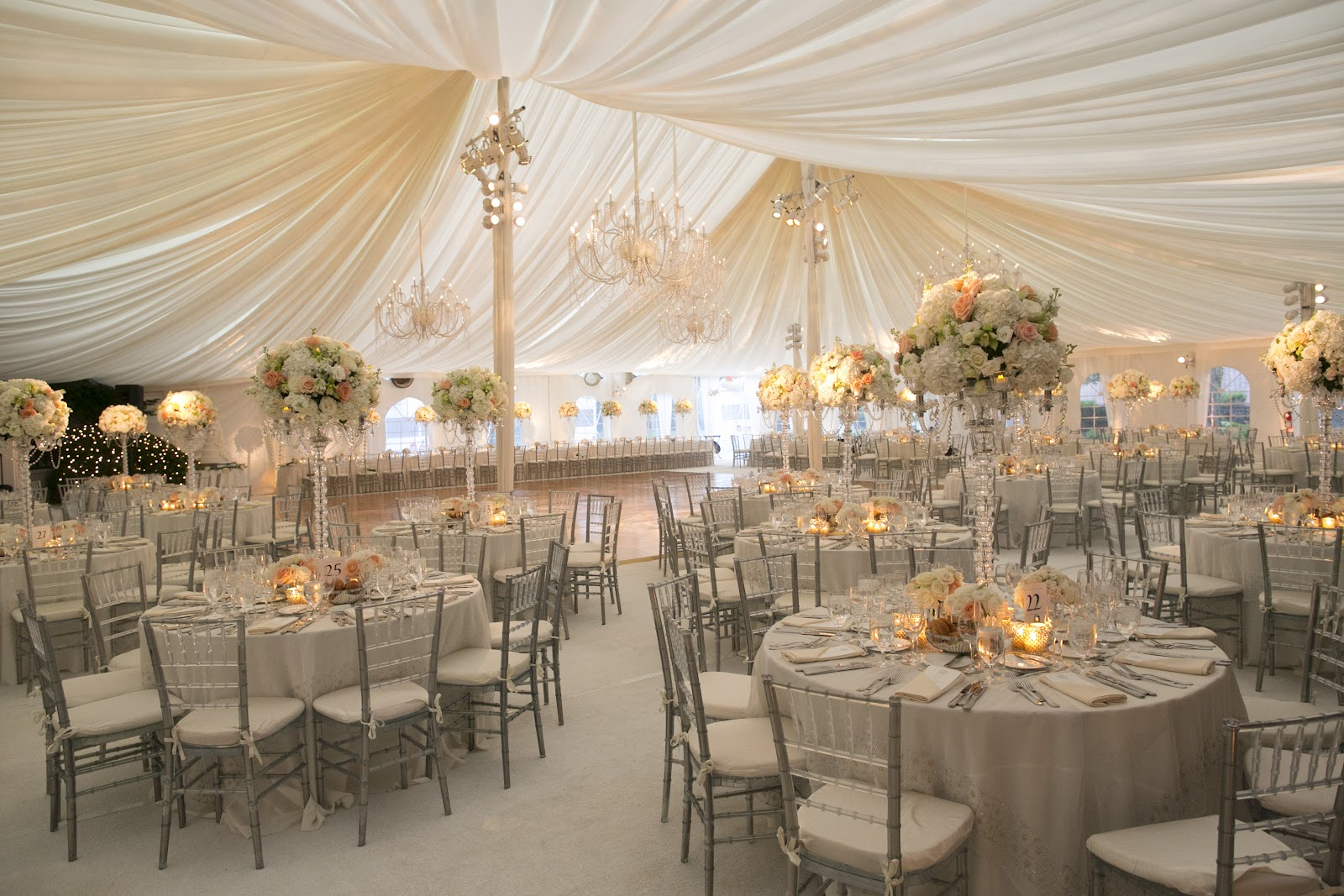 Nudes and Neutrals: Colour Theme Ideas for An Elegantly Chic Wedding!