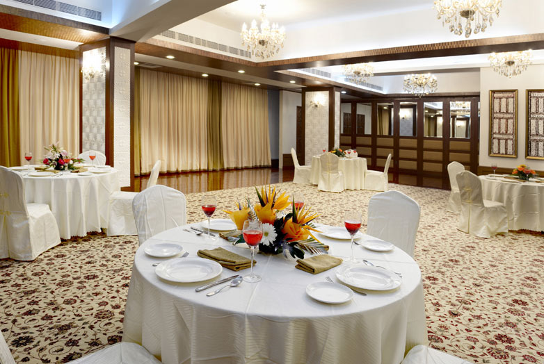 Top 5 Convention Halls in Bangalore Where You Can Host A Gorgeous Wedding Party!