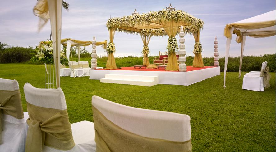 Visually Stunning Wedding Lawns in Delhi!