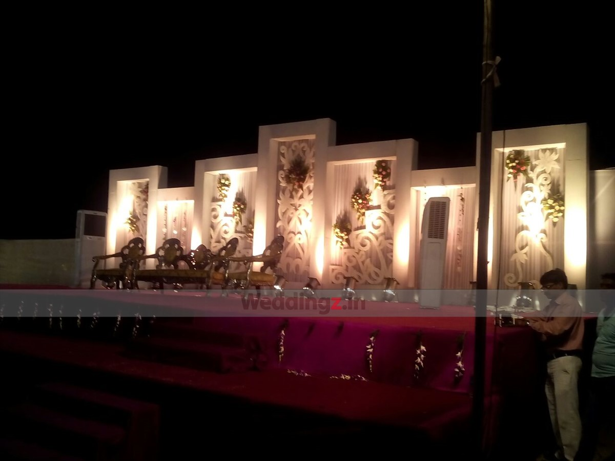 Best wedding decorators in jaipur decorative wedding stages top best wedding decorators in jaipur jain tent decorators wedding decorator in jaipur weddingz junglespirit Gallery