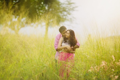 Meha and Vinay giving cute poses for their pre wedding shoot!