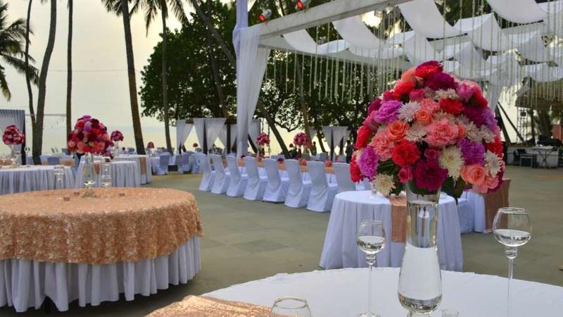 Bay15 dona paula goa banquet hall wedding lawn weddingz bay15 junglespirit Image collections