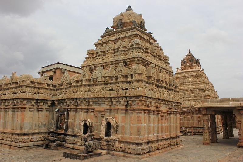 5. Bhoganandishwara Temple, Karnataka
