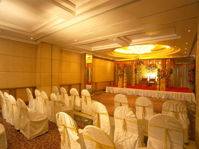 Hotel Bawa International, Vile Parle East, Mumbai