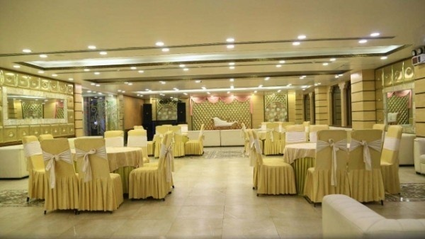 Precious Moments Banquet, Janakpuri