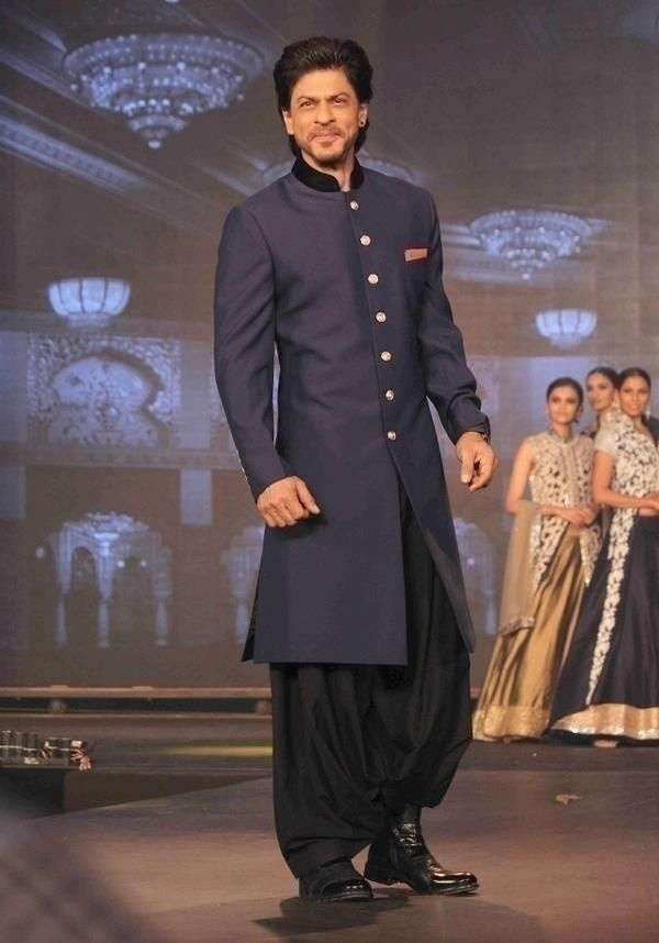15 Latest Wedding Sherwani Trends for the Grooms That'll ...