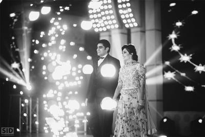 Couple entering the Sangeet venue holding hands!