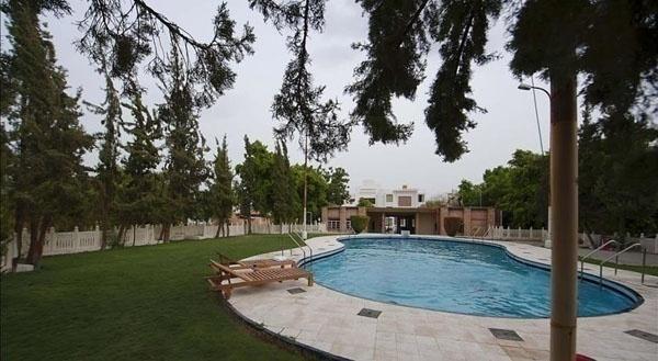 Lariya Resort