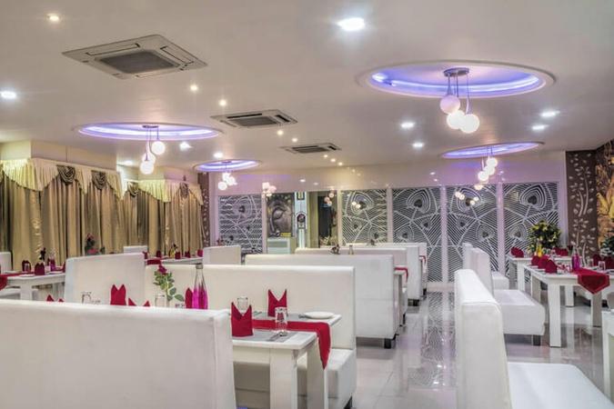 Hotel Kingfisher Hiran Magri Udaipur - Banquet Hall