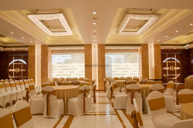 Hotel Krishna Palace Grant Road Mumbai - Banquet Hall
