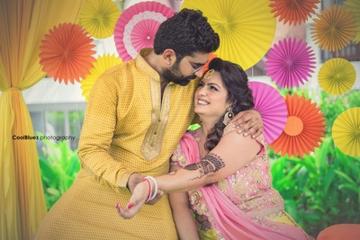 Natural and bright portrait of couple shot taken on their mehendi function