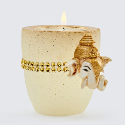 Veeda Glass shape candle with white fiber ganesh