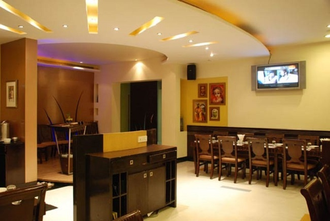 The Mayfair Banquets, Worli