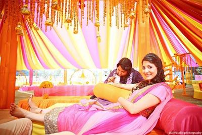 Bridal mehendi photography for wedding functions