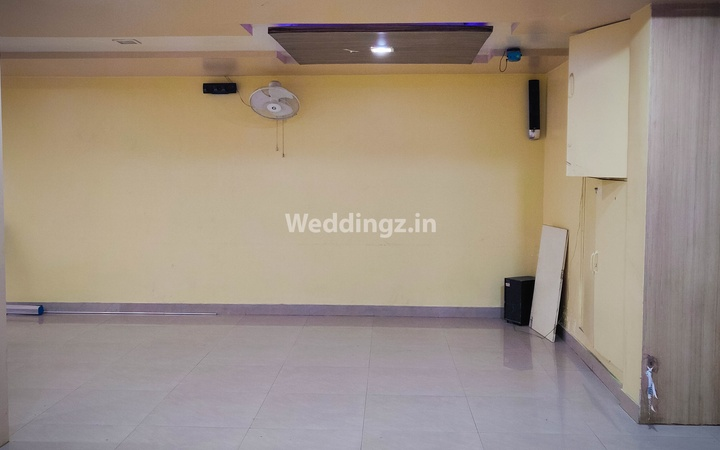 OYO 655 Hotel Aundh Retreat Aundh Pune - Banquet Hall