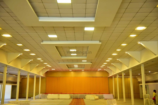 Chopda Lawns Gangapur Road Nashik - Banquet Hall