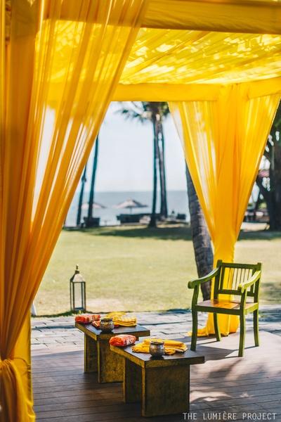 A cabana style decor for an intimate affair, by the beach!