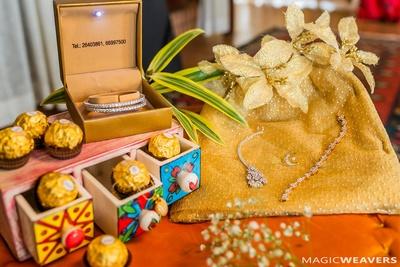 Unique display of the minimal bridal jewelry