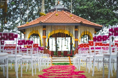 Colorful mandap decor for the wedding day.