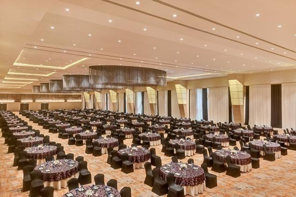AC Banquet hall for wedding function with brilliant interiors